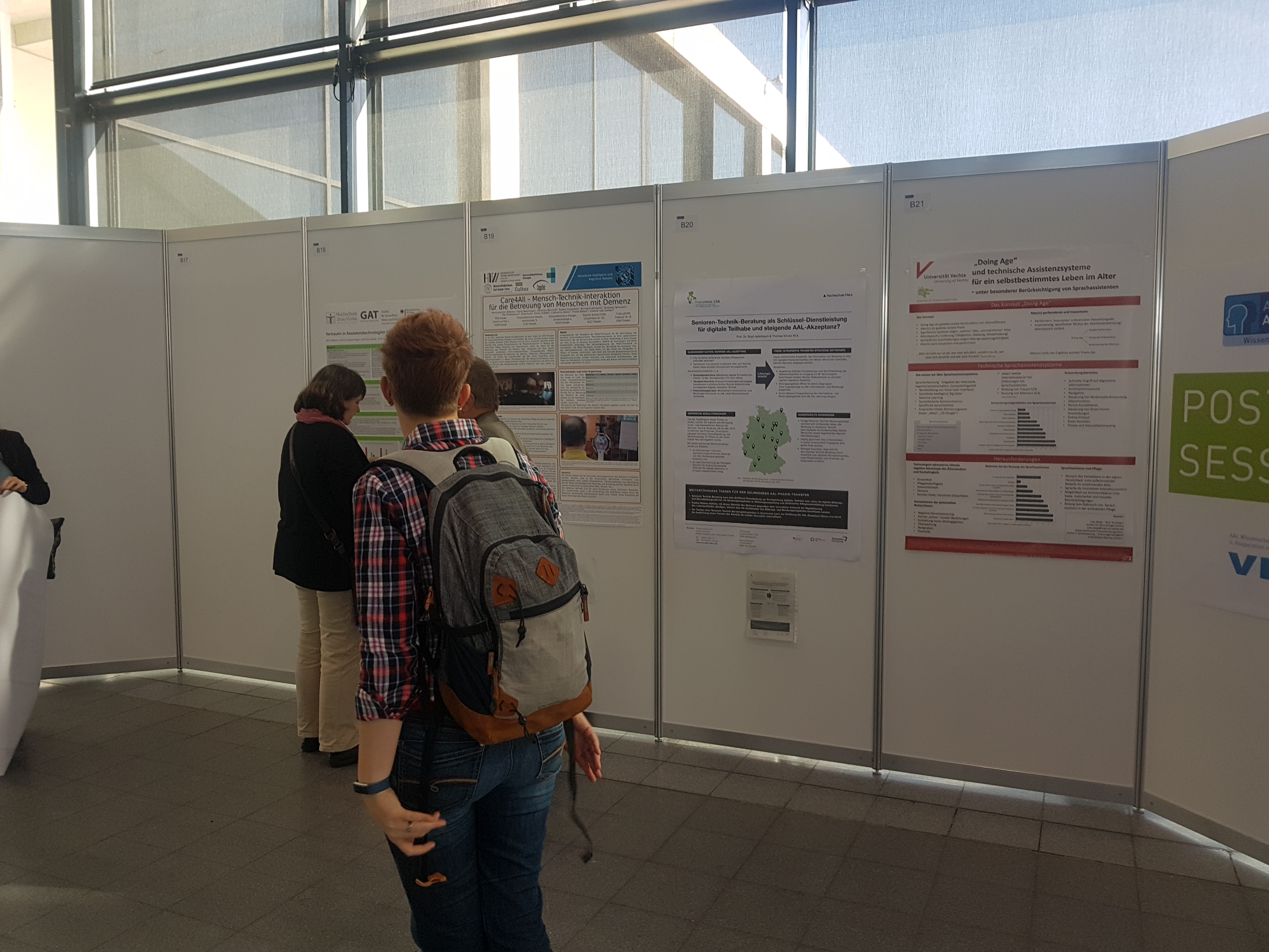 In der Poster-Session auf dem AAL-Kongress in Karlsruhe präsentierte sich auch das angewandte Forschungsprojekt VTTNetz.